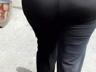 Big phat ass gilf in yoga pants