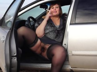 Smokes plump by a pussy hairy smoke in the car